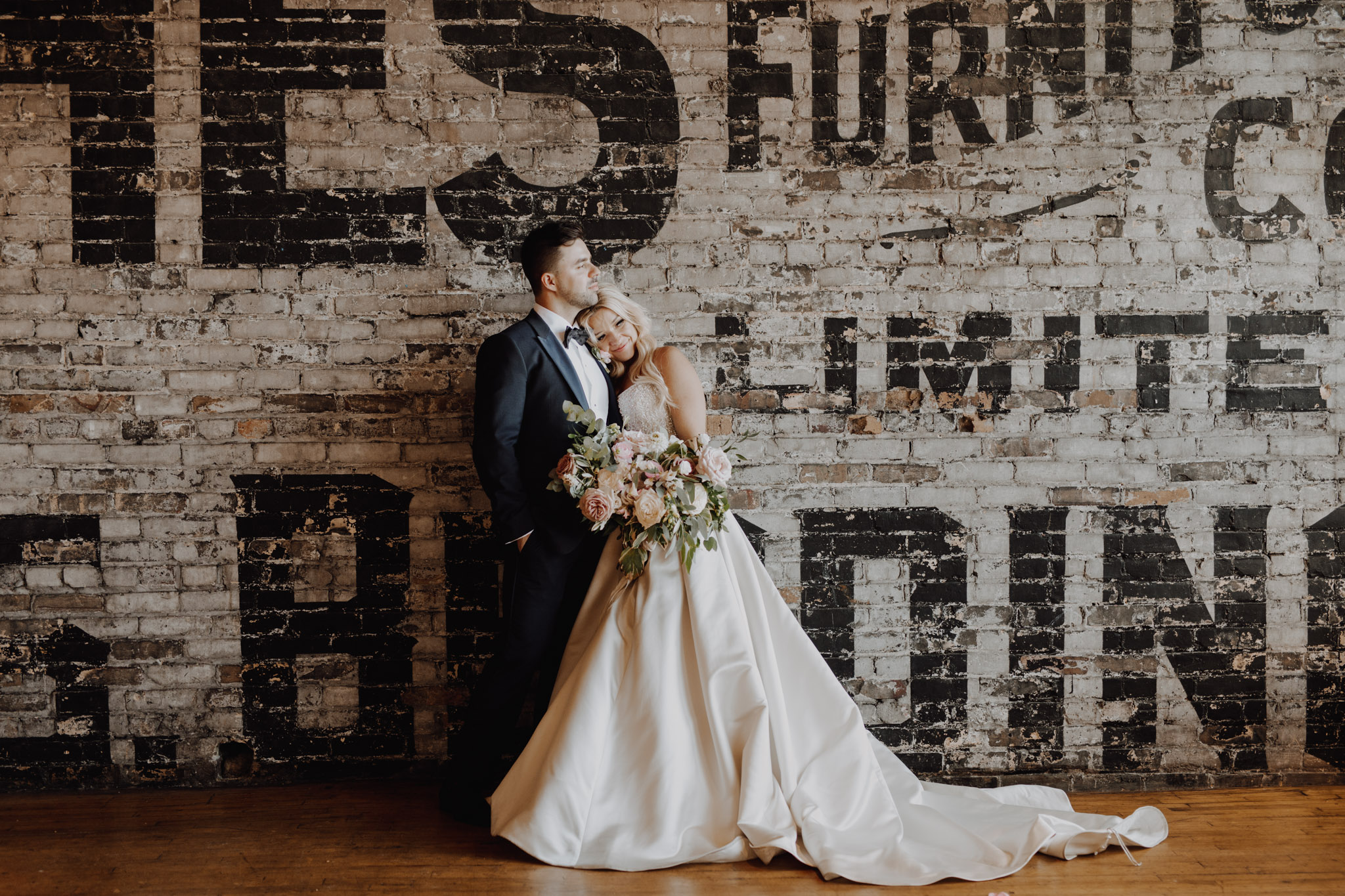 The Burroughes Wedding. Love By Lynzie. Wedding Photographer Jennifer See Studios.