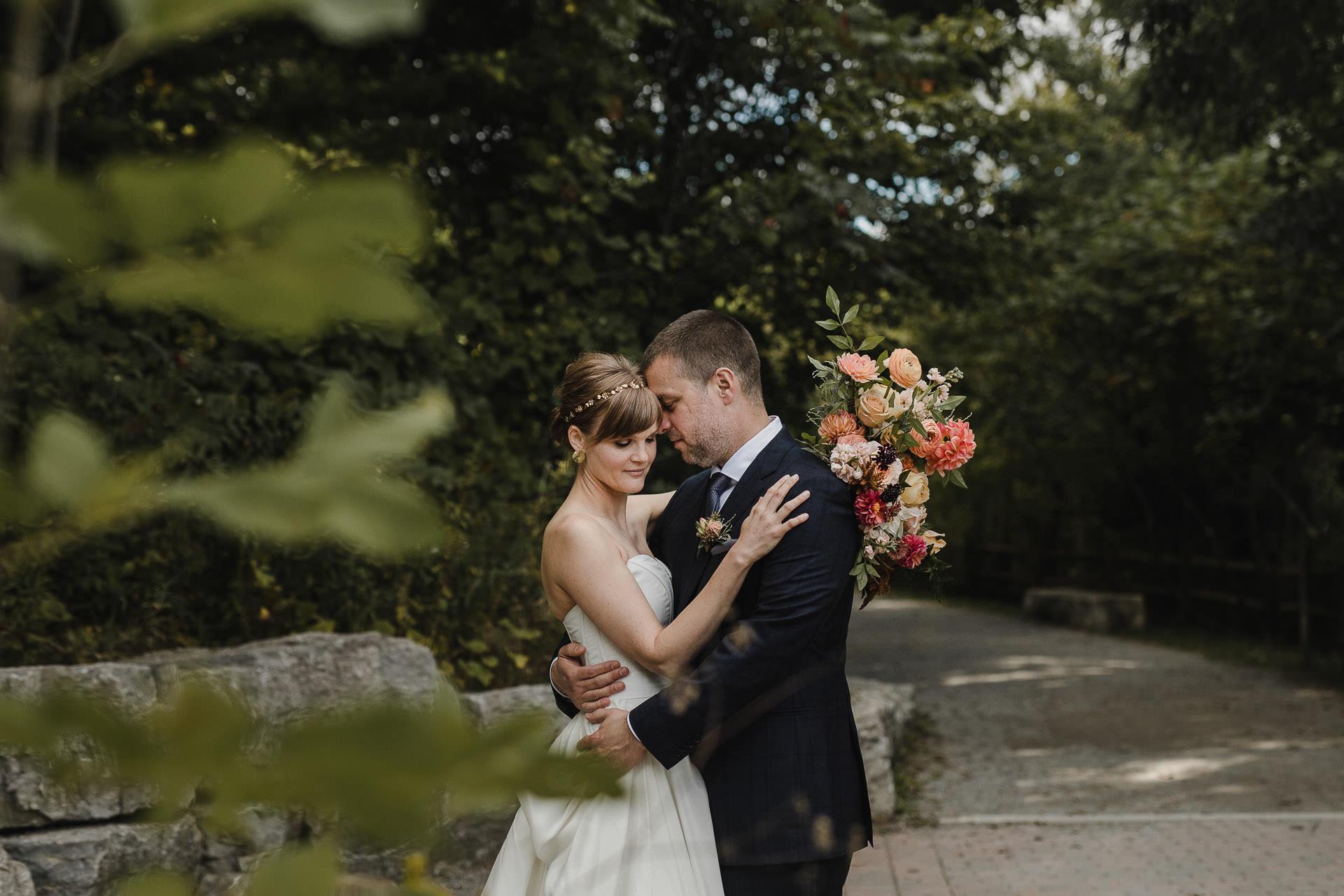 Evergreen Brickworks wedding photographer - don valley wedding portraits