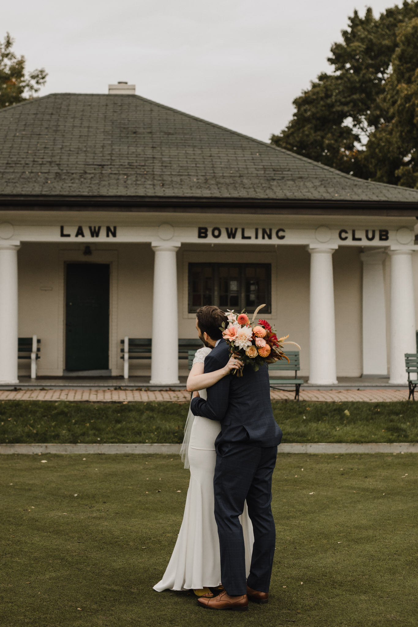 Toronto Lawn Bowling Club Wedding - first look reaction