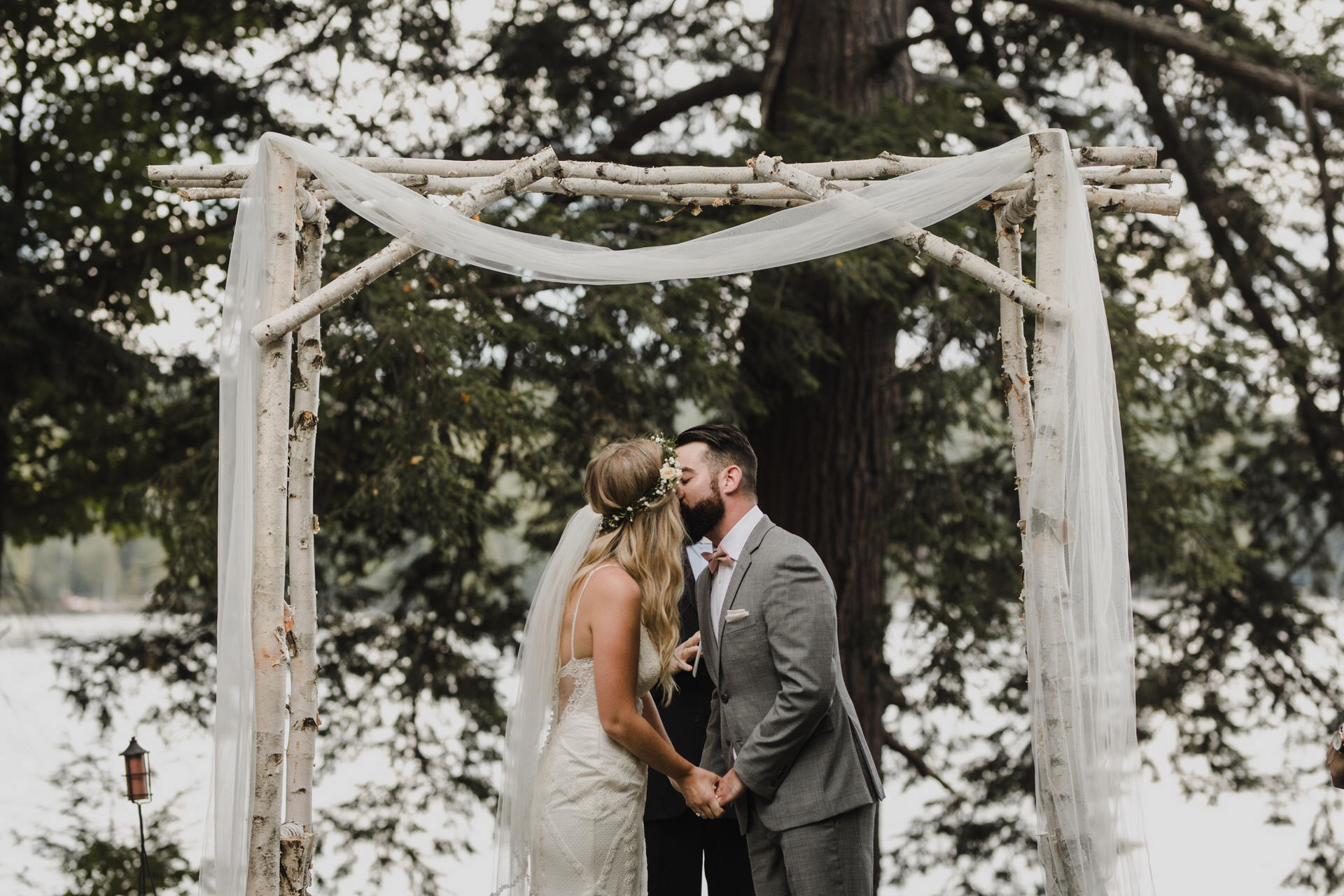 Muskoka Wedding - first kiss