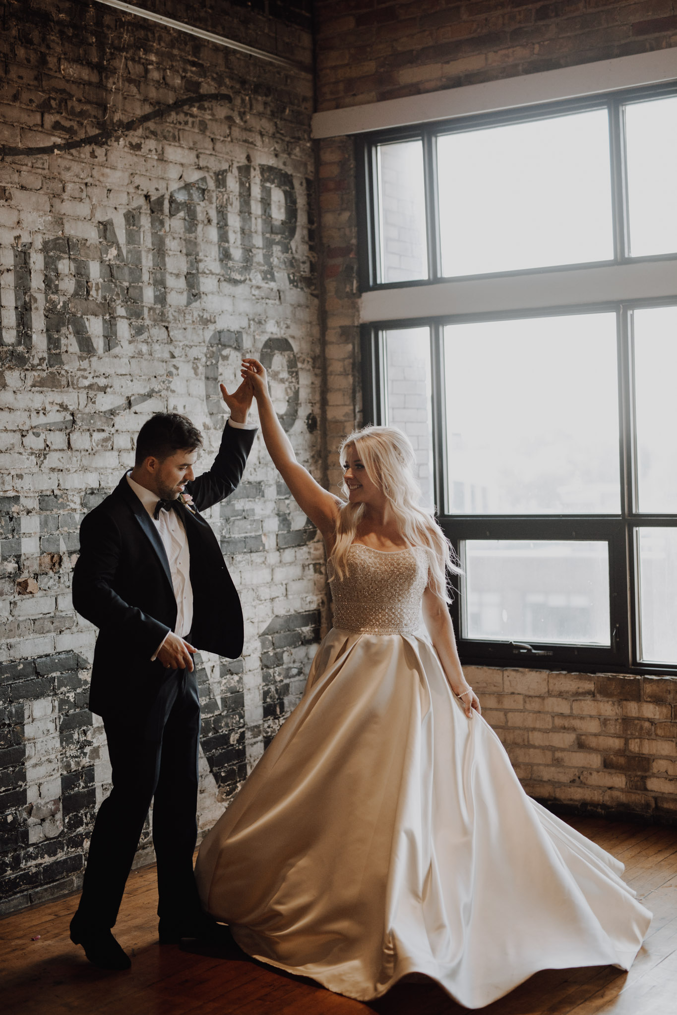Epic spin at The Burroughes Wedding. Love By Lynzie. Wedding Photographer Jennifer See Studios.