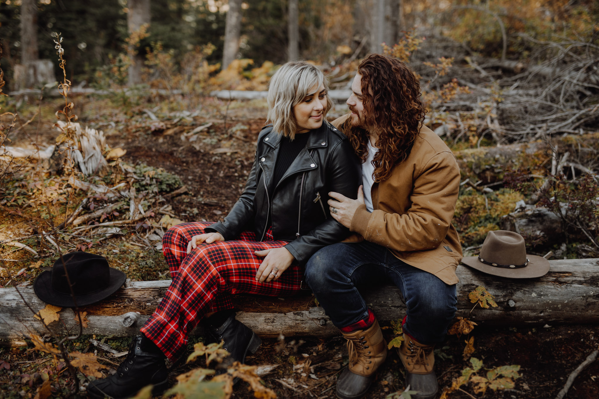 Emerald Lake - rustic engagement session