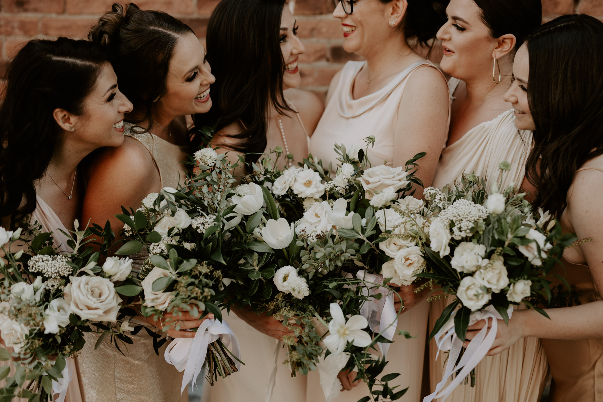 Archeo Wedding - Bridesmaids with bouquets by Florist Tanya List